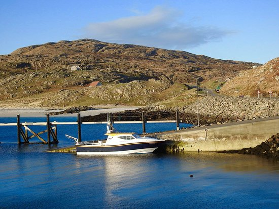 Vatersay, UK: Hebridean Sea Tours at Eriskay Jetty