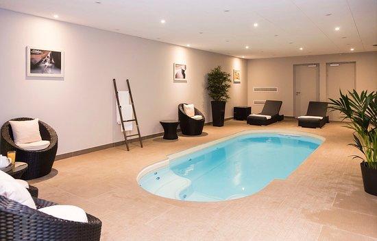 Appart 39 h tel odalys paris xvii france voir les tarifs for Appart hotel paris ouest