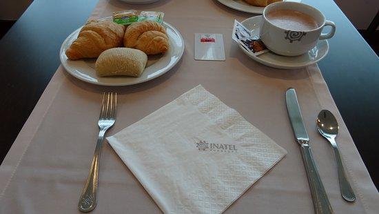 Vila Ruiva, Portugalia: Pequeno almoço