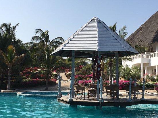 Jacaranda Beach Resort Photo