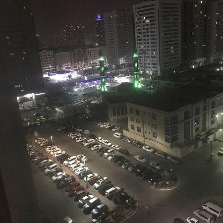 Holiday Inn Abu Dhabi Downtown: photo1.jpg