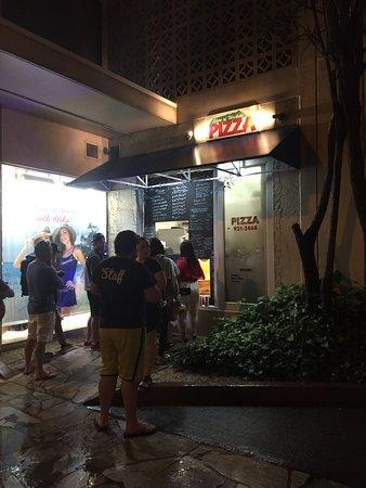 Slice of Waikiki Pizza: Slice of Wakiki, late night 4-26-18