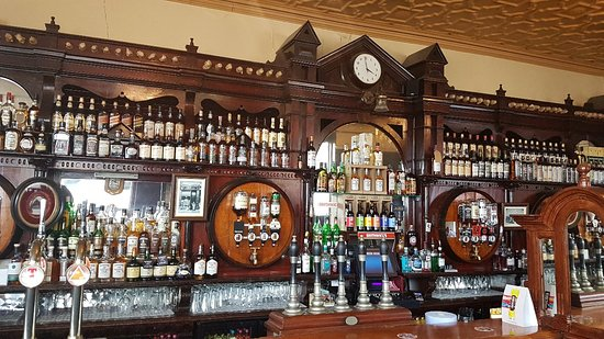 Portadown has 1 of the oldest bars in Ireland, Big Cab can arrange taxi tours of this pub and ot