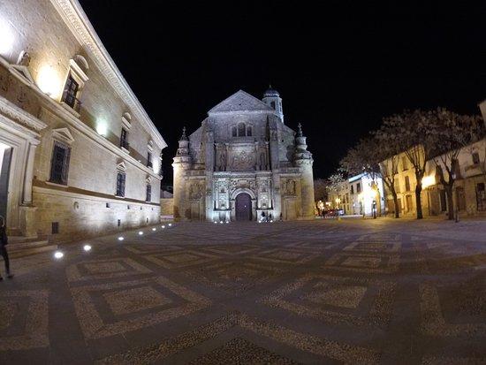 Plaza Vazquez de Molina : Único