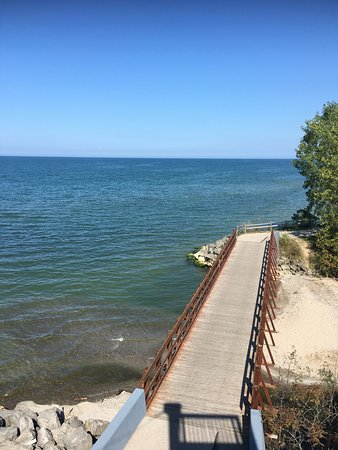 Lake Erie Canopy Tours: This lake side tower has the most serene and peaceful feeling. This is toward the end of the tou
