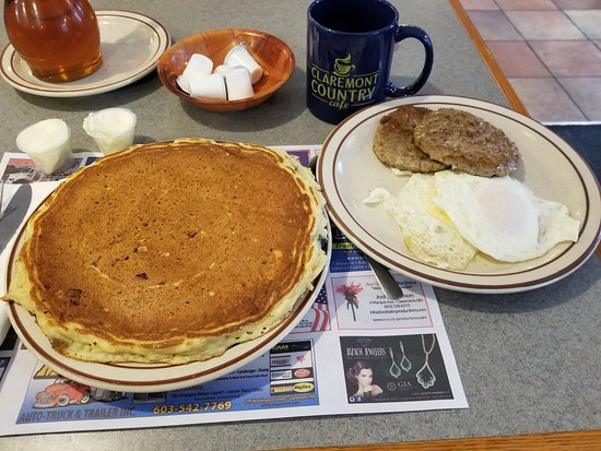 Claremont, NH: Inexpensive HUGE breakfast, one of the best pancakes around
