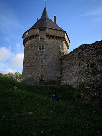 Fresnay-Sur-Sarthe, Frankrig: IMG_20180428_093353_large.jpg