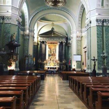 Teresa of Ávila Parish Church: Santa Teresa di Avila - Interno.