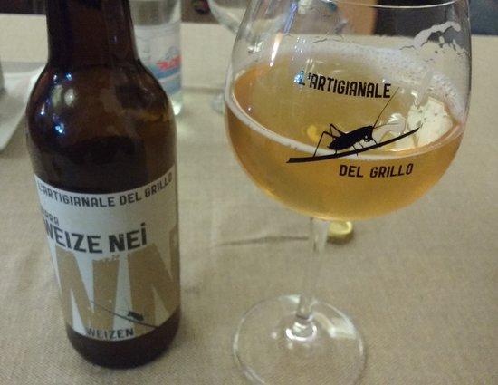 Ponte nelle Alpi, Италия: Birra Weize Nei Artigianale del Grillo