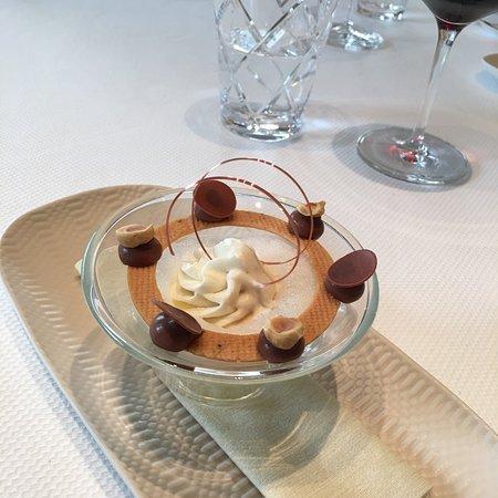Restaurant de l'Hotel de Ville Crissier ภาพถ่าย