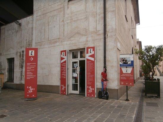 Ufficio IAT Porto Antico