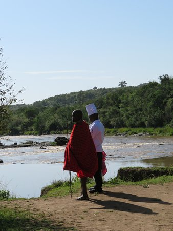 Mara Serena Safari Lodge: at the river for the beautiful surprise breakfast with the Hippos