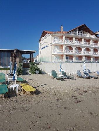 Tsilivi Beach Hotel: 20180502_092017_large.jpg