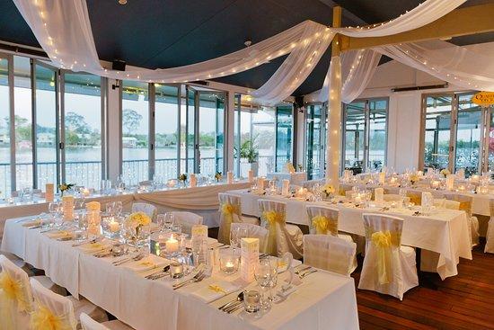 Tewantin, Australia: Tables dressed for wedding