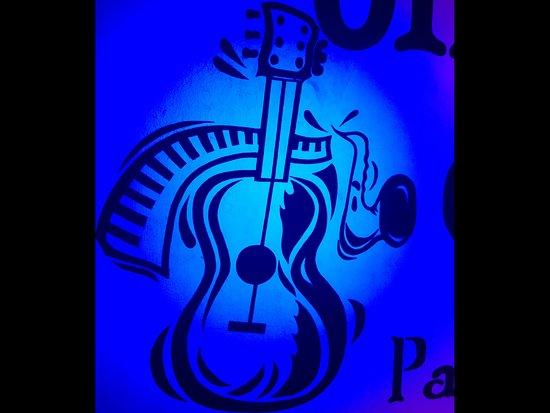 Omang Blues.
