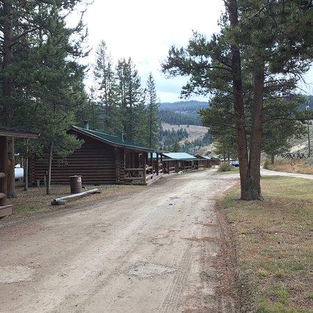 320 Guest Ranch: photo2.jpg