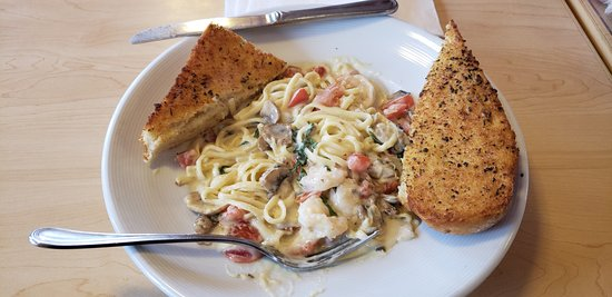 Burien, WA: Shrimp Linguine Di Mare