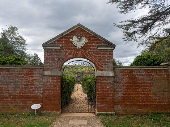 Montpelier Station, VA: Garden gate