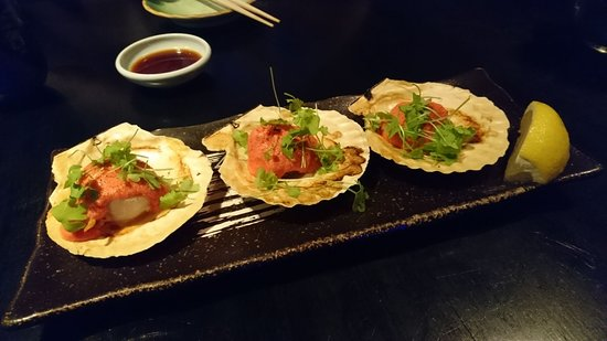 Mikuni: Hotate Mentaiko (Grilled Scallops with marinate cod roe)