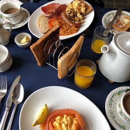 Glenmoriston Arms Hotel: photo0.jpg