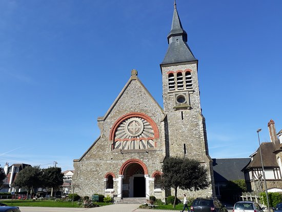 ‪Eglise Sainte-Jeanne d'Arc‬