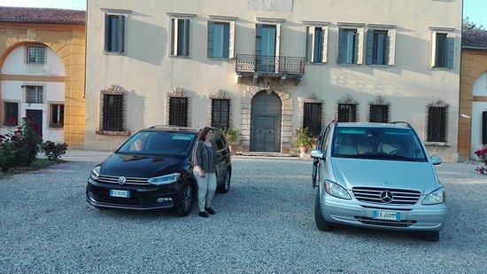 Cologna Veneta, Italien: Parco auto