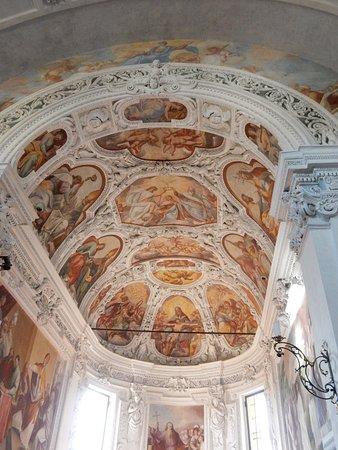 Cassano d'Adda, Italie : Il soffitto dell'abside