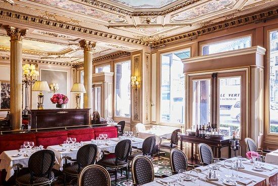 cote opera with a view - Cafés em Paris: Um guia completo dos cafés mais famosos da cidade luz - paris