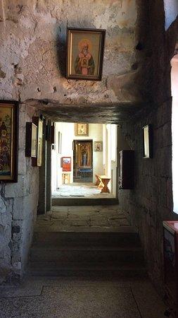 Inkerman: Один из лучших пещерных монастырей Крыма