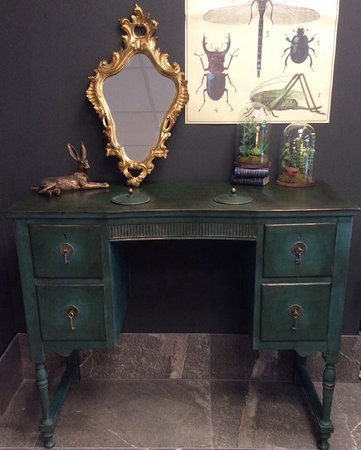 Homely At Hebden Annie Sloan Chalk Paint Amsterdam Green