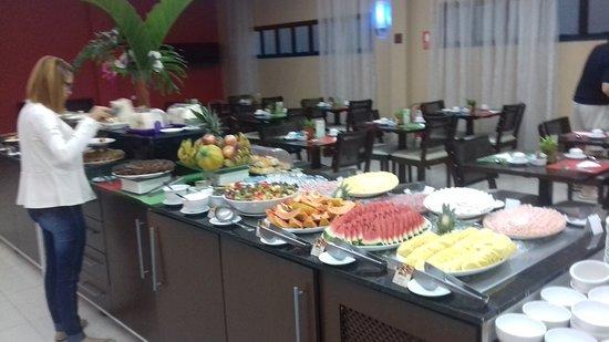 Quality Hotel Manaus: café-da-manhã