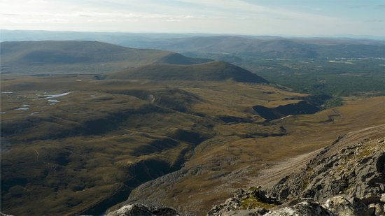 Boat of Garten, UK: View from Creag an Leth-choin (Lurcher's Crag) over Rothiemurchus