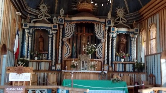 Interior de la Iglesia de Achao