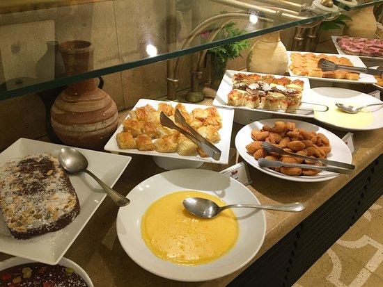 Dawar El Omda Boutique Hotel: Nachtisch beim Abendessen