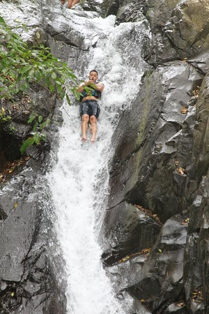 Singaraja, Indonesien: The waterfall slide from 12 meters