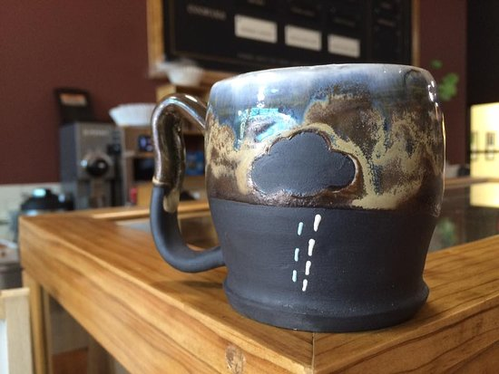 Taylor, TX: Great handmade mugs for sale from Art Off Center, also in the McCrory Timmerman building!