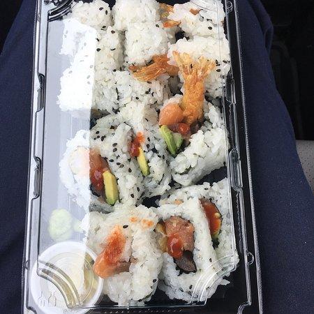 New Minas, Canada: Jumbo and shrimp tempura rolls