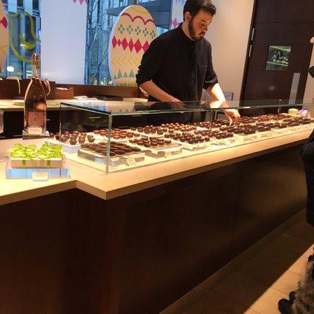 Fran's Chocolates: photo0.jpg