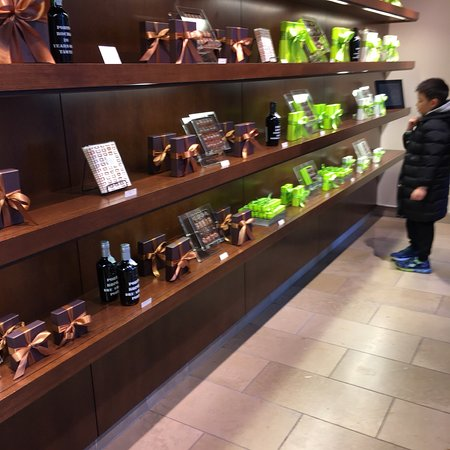 Fran's Chocolates: photo1.jpg