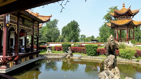 Terrasse Teich Picture Of Sichuan Vienna Tripadvisor