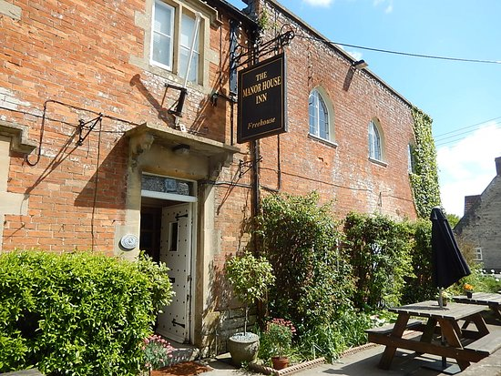 Ditcheat, UK: Traditional English country inn