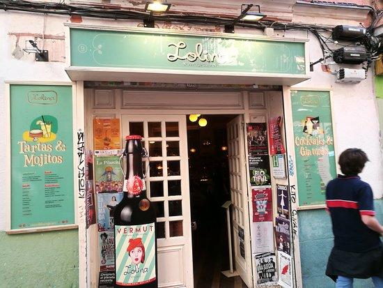 Lolina Vintage Cafe: Fachada