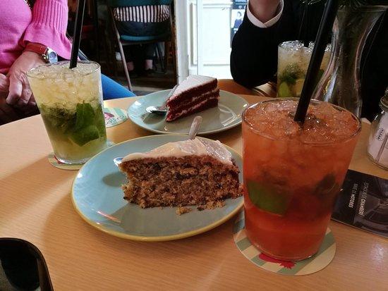 Lolina Vintage Cafe: Mojito de aperol.
