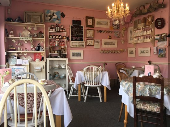 Miss Mollett's High Class Tea Room: Tea room interior (you can buy some of the small items)