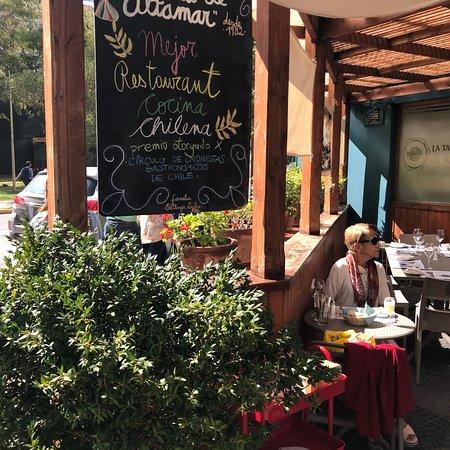 La Tasca de Altamar : Tiene una agradable terraza