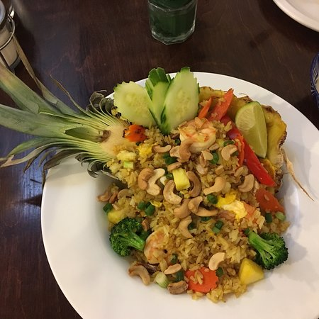 Minturn, CO: A special little spot with delicious Thai food!