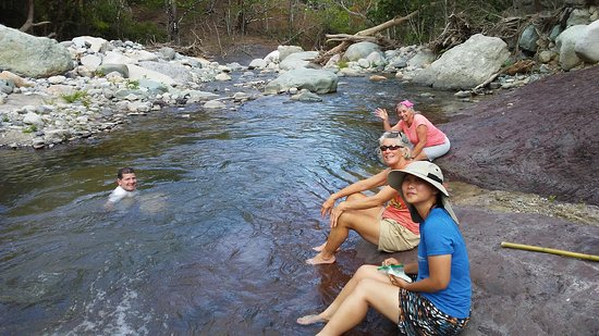 Monteverde Wild Hikes: a much needed rest at the river