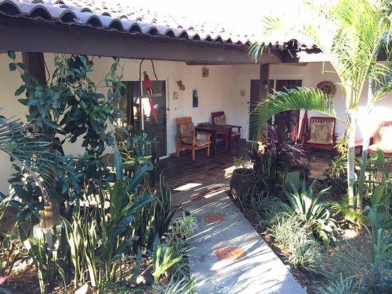 La Garita, Costa Rica: Toutes les chambres de plain-pied dans la verdure