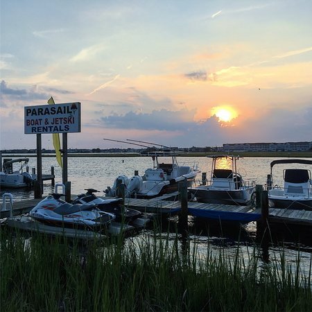 Selbyville, DE: Sunrise at Route 54 Watersports