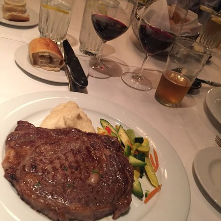 555 East American Steakhouse Picture
